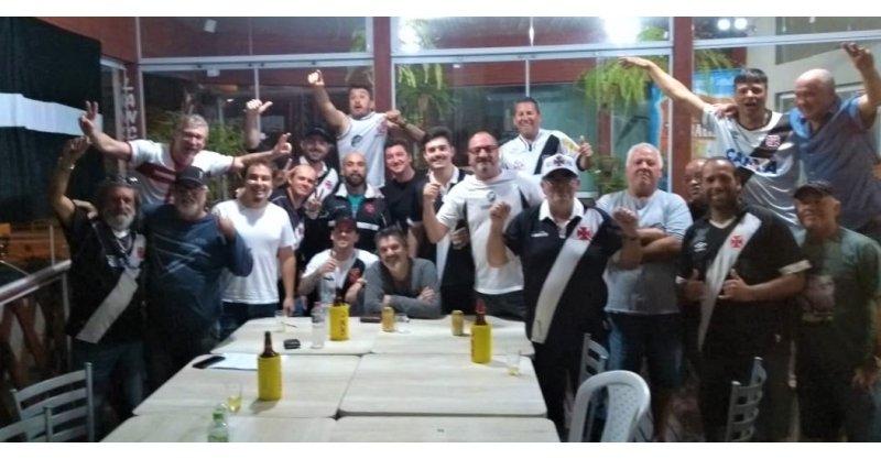 """Gigante da Colina: Torcedores do Vasco de Imbituba e de todo o Sul de Santa Catarina criam a Torcida Organizada """"Trem Bala do Sul"""" - portalahora.com.br"""