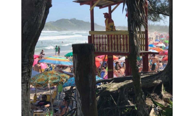 Pré-temporada de Verão: Guarda-vidas já atuam nas praias de Imbituba, Garopaba e Laguna - Portal AHora