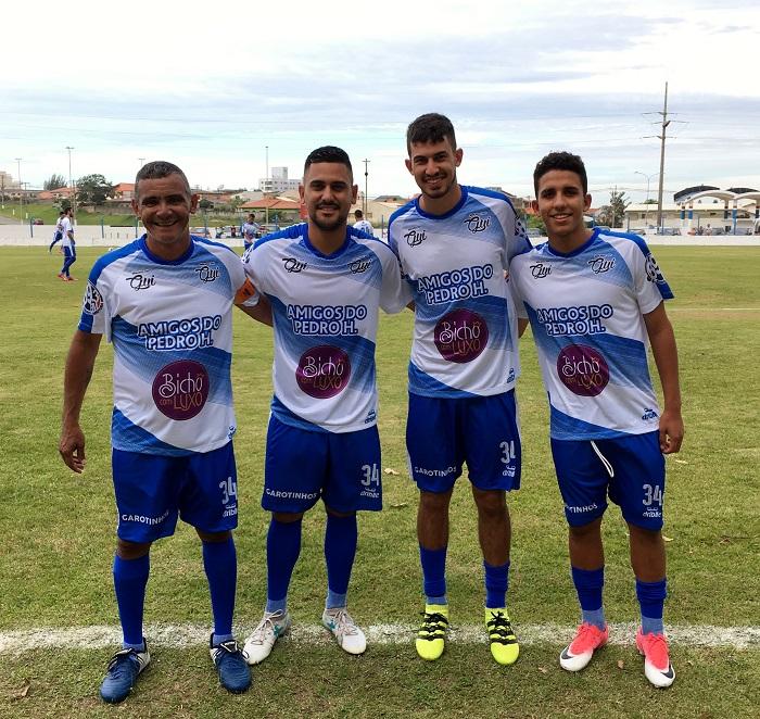 Gita, Luiz Antonio, Pedro Henrique e o amigo Alisson