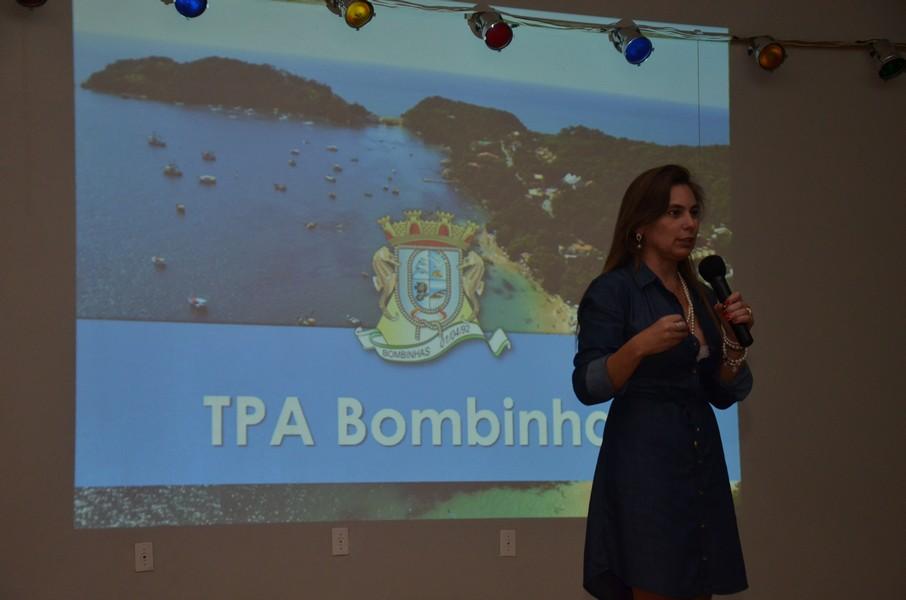 Ex-prefeita de Bombinhas, Ana Paula palestrou em Garopaba