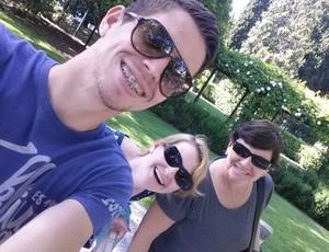 Jorginho ao lado da irmã, Fernanda, e da mãe, Maria Tereza